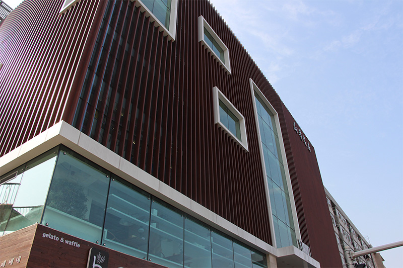 合肥市新华书店使用金锐仿石材铝单板案例